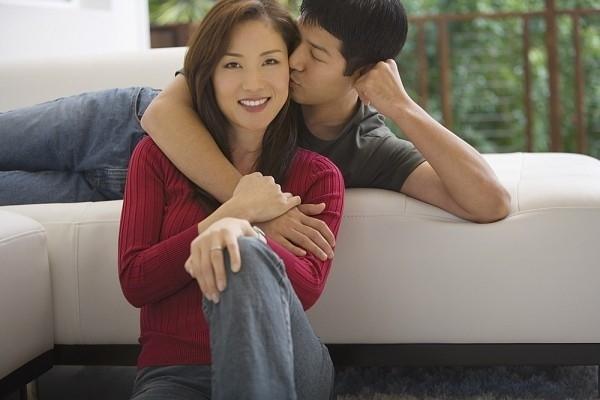 4 dấu hiện bạn đang hẹn hò với gã Sở Khanh | hentocdo.vn