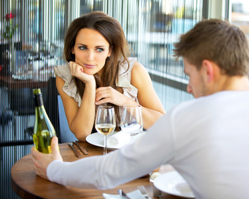 5 điều phụ nữ cần để ý trong lần hẹn hò đầu tiên | hentocdo.vn